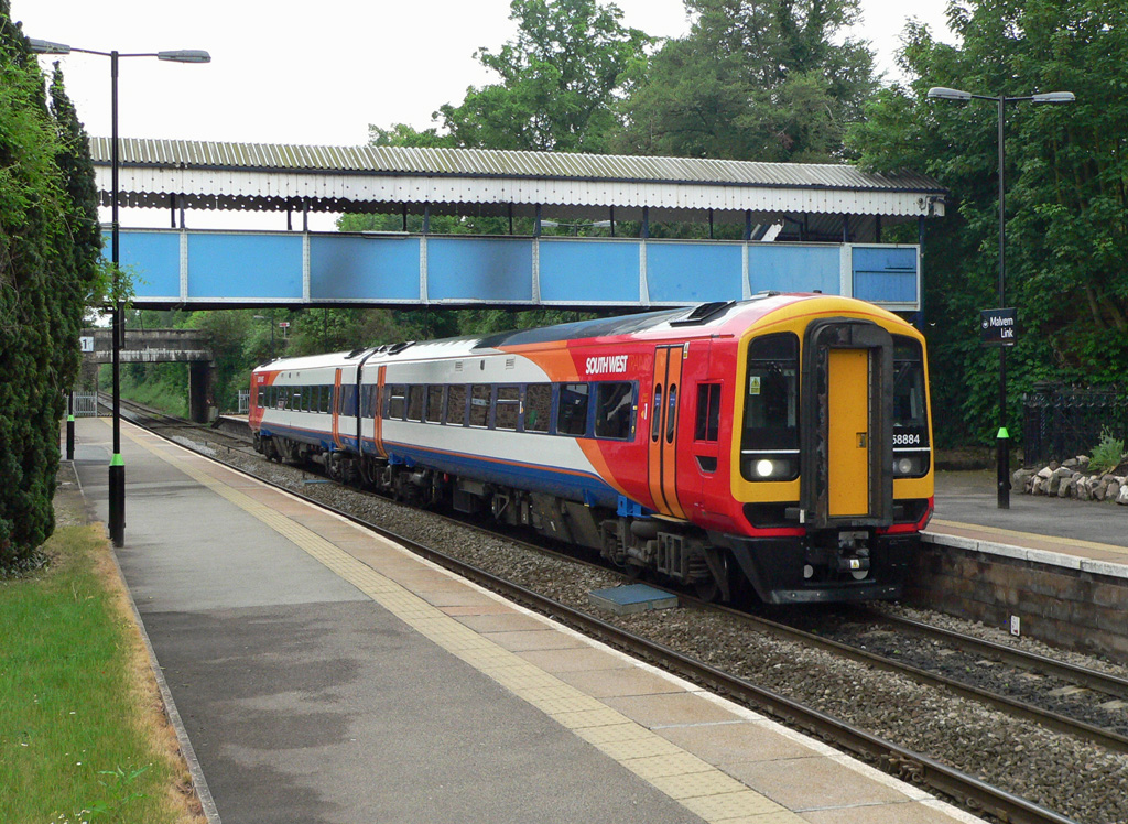 South West Trains No.158884 at Malvern Link